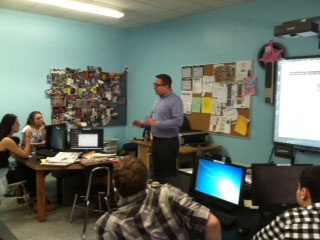 Are there Really Jobs in Journalism? Yes,  AP Reporter Ken Sweet Tells Students