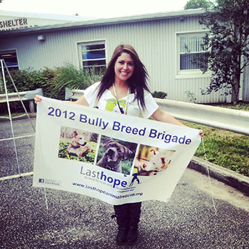 Sarah Stephens at the 2012 Bully Breed Brigade