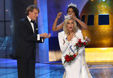 Former Hofstra Student Captures Miss America Crown