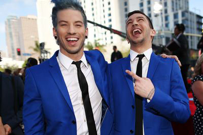 21 Pilots Buzz the Music Scene