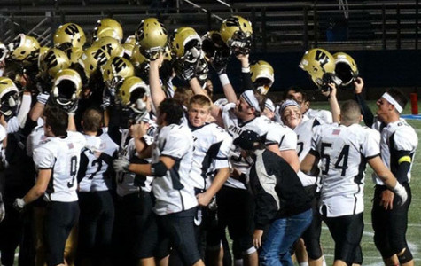 Wantagh Defeats Garden City in Conference II Football Semifinals