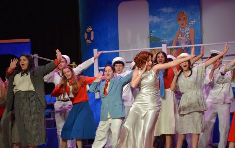 """Anything Goes"" Performed Vibrantly"