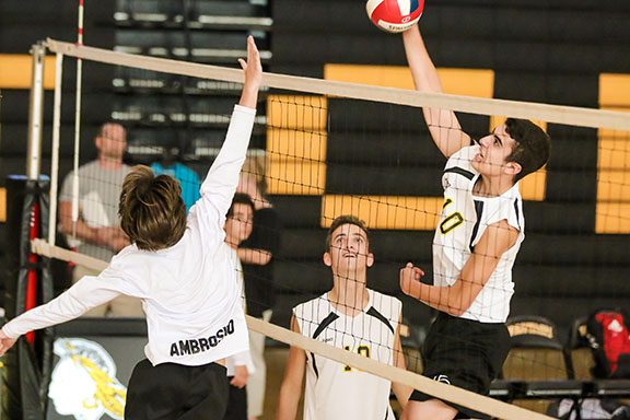 Boys' Volleyball Makes Playoffs