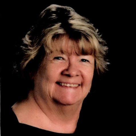 High School Librarian Mrs. LaLima to Retire